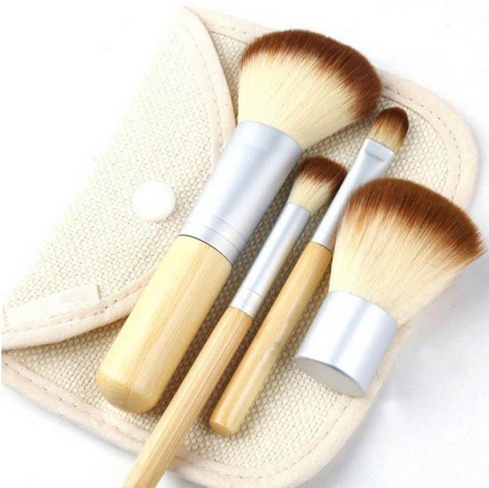 Kosmetické štětce Bamboo v textilním pouzdře