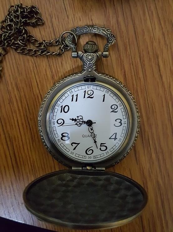 9d78921fd Kapesní hodinky Fishing P217 · Ciferník hodinek